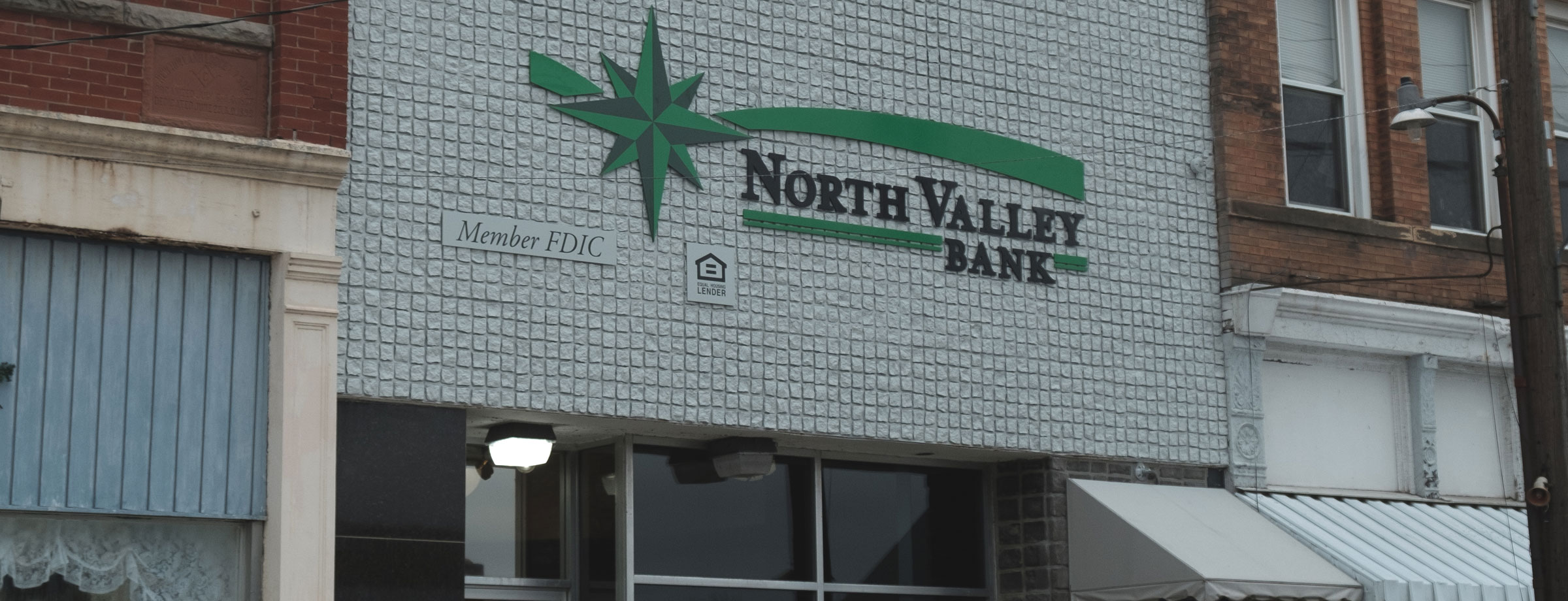 North-Valley-Bank-New-Holland-Office